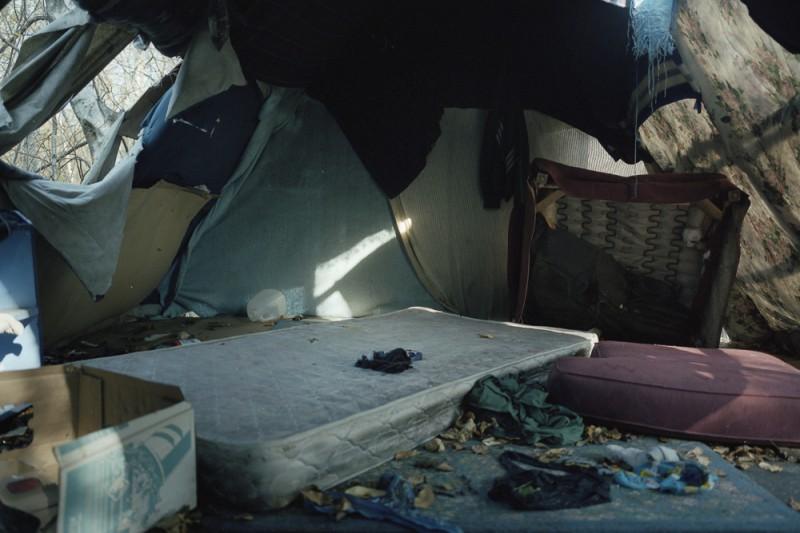 lampton, portland, mattress in shelter